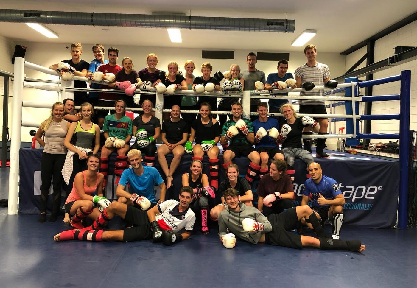 Groepsfoto_boksen.jpeg